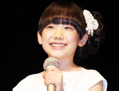 芦田愛菜ちゃんといえば、大人がびっくりする程の天才的な演技力で有名になりました。ただ、親に言われた通りに演技するだけでなく、完璧に覚えた台詞にアドリブを
